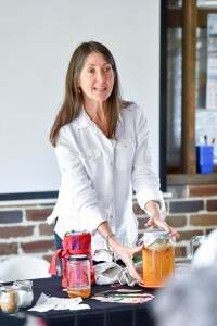 Gillian Kozicki Kombucha workshop at Ashton Park